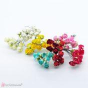 Χάρτινα λουλούδια σε πολλά χρώματα