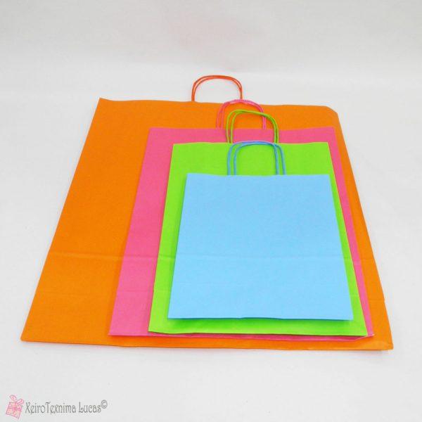 Τσάντες χάρτινες με στριφτό χεράκι σε διάφορα χρώματα