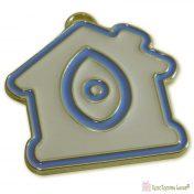 Χρυσό σπίτι με εκρού ματ και γαλάζιο σμάλτο