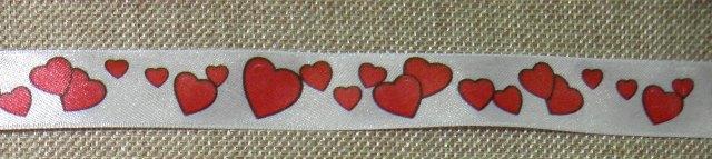 Κορδέλα με καρδιές