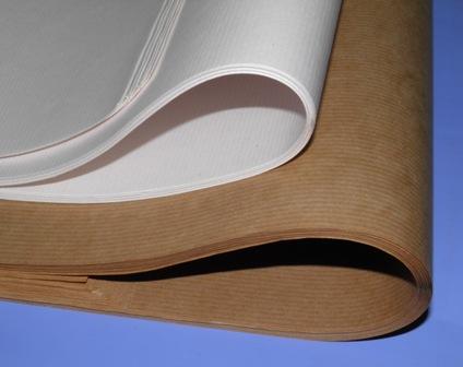 Χαρτί περιτυλίγματος κραφτ και λευκο
