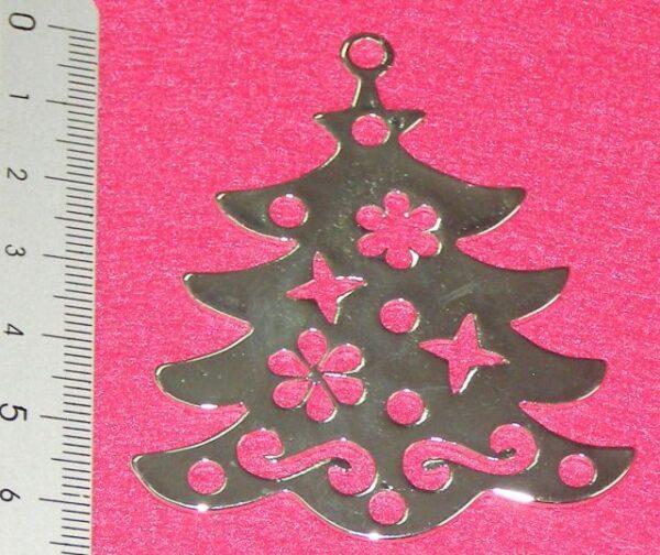 επάργυρο χριστουγεννιάτικο δέντρο