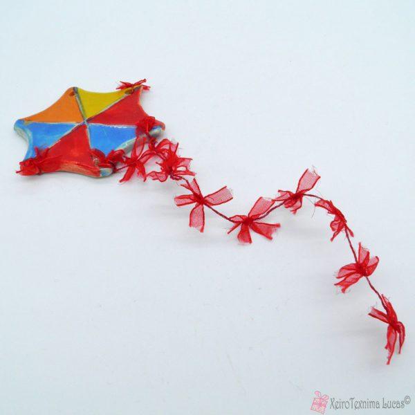 Κόκκινος πολύχρωμος κεραμικός χαρταετός