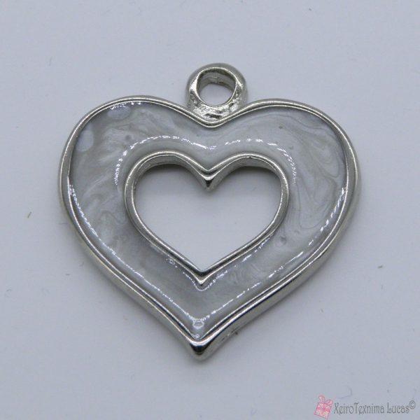 Ασημί μεταλλική καρδιά με εκρού περλέ σμάλτο