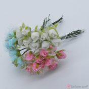 Διακοσμητικά αφρώδη τριαντάφυλλα με τούλι