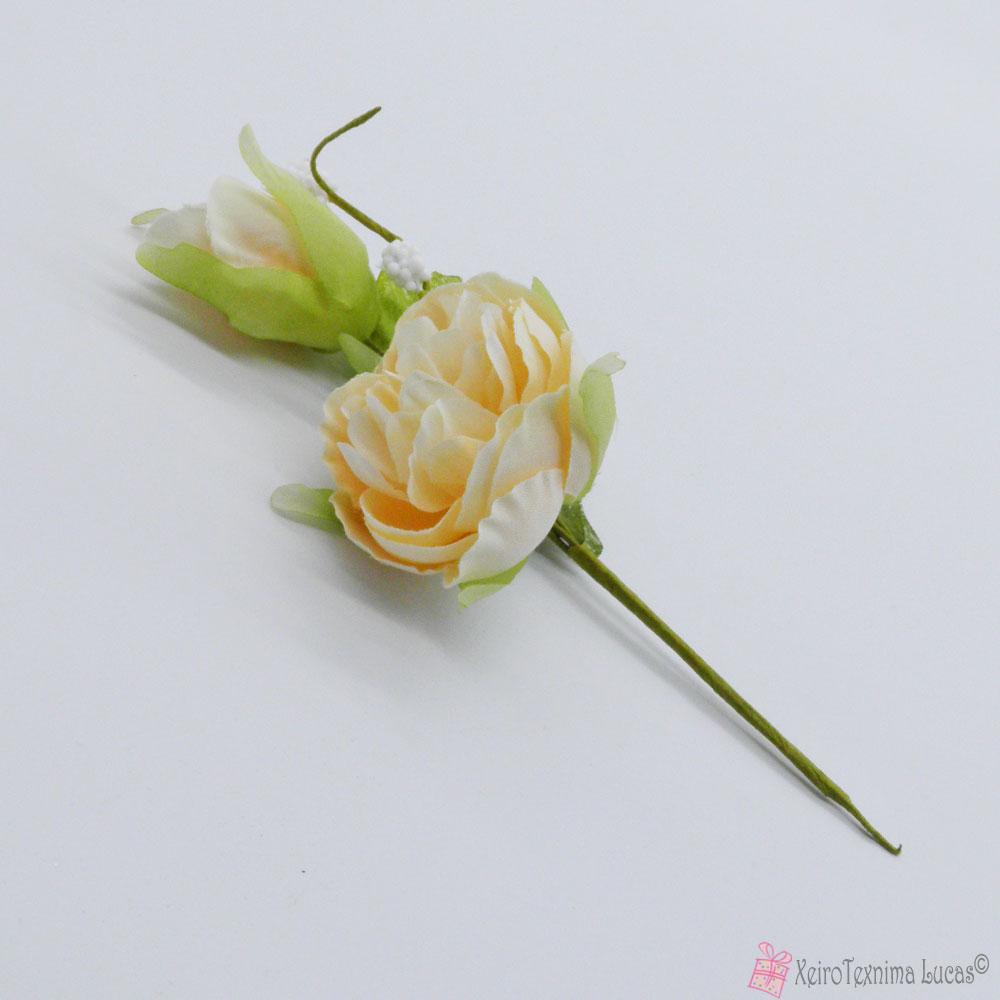εκρού διακοσμητικό λουλούδι
