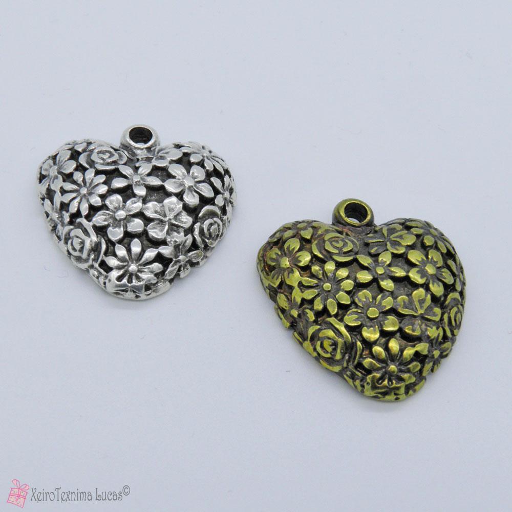 Μεταλλική καρδιά με λουλουδάκια