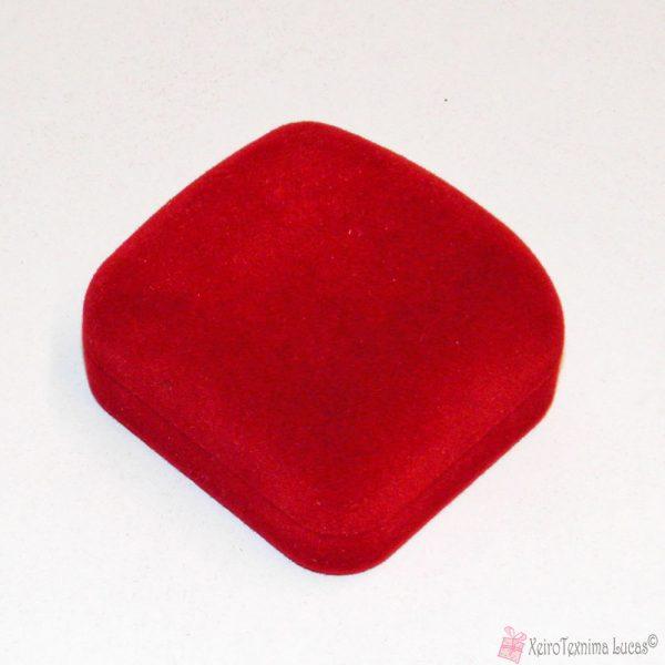 κόκκινο βελούδινο κουτί για δαχτυλίδι