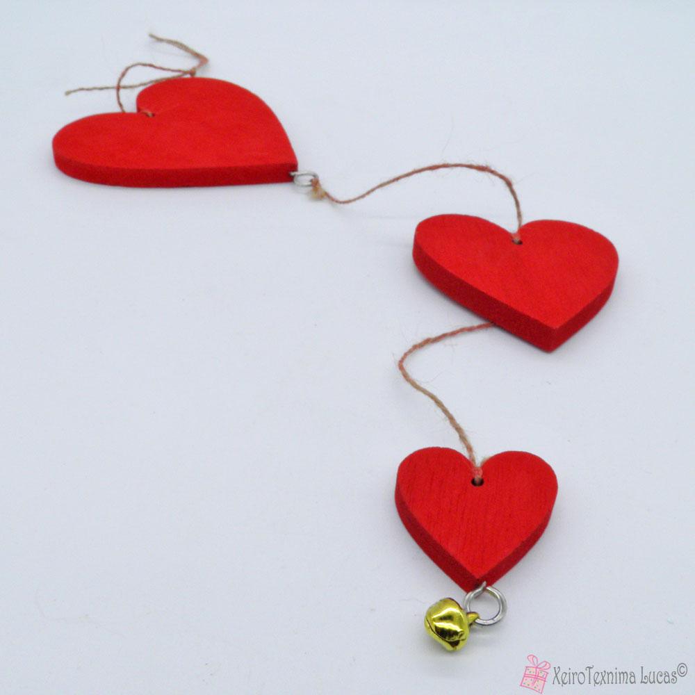Κόκκινες ξύλινες καρδιές - διακοσμητικό τοίχου