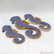Μπλε ξύλινοι ιππόκαμποι για καλοκαιρινή διακόσμηση