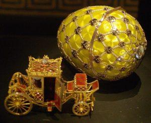 Tο πρώτο Φαμπερζέ αυγό που εκτίθεται στο μουσείο της Αγίας Πετρούπολης