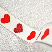 Υφασμάτινη κορδέλα με καρδιές στρας
